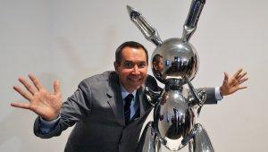 ABD'li sanatçının tavşan heykeli rekor fiyata satıldı