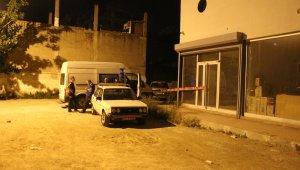 Ailesine siyanür içirip öldüren genç tutuklandı