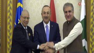 Bakan Çavuşoğlu, Üçlü Dışişleri Bakanları Toplantısı'na katıldı