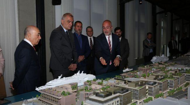 Bakan Ersoy, İstanbul'da 'Galataport Projesini' inceledi