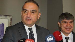 """Bakan Ersoy: """"Amacımız yıkmak değil''"""