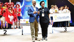 Başkan Soyer, genç mucitleri Başkanlık Konutu'nda ağırladı