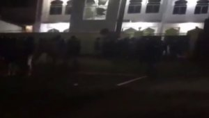 Cami ve Müslüman marketine saldırı