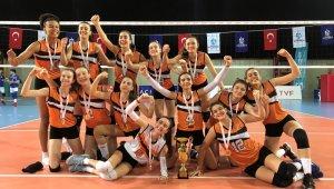 Eczacıbaşı Küçük Kız Takımı, Türkiye Şampiyonu oldu