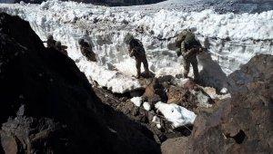 Hakurk'ta 2 asker yaralandı