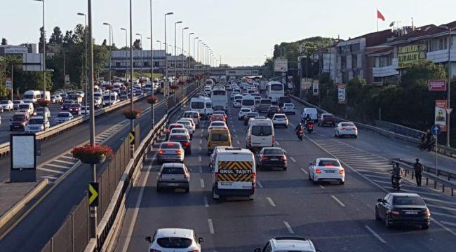 İstanbul'da bayram trafiği yoğunluğu erken başladı
