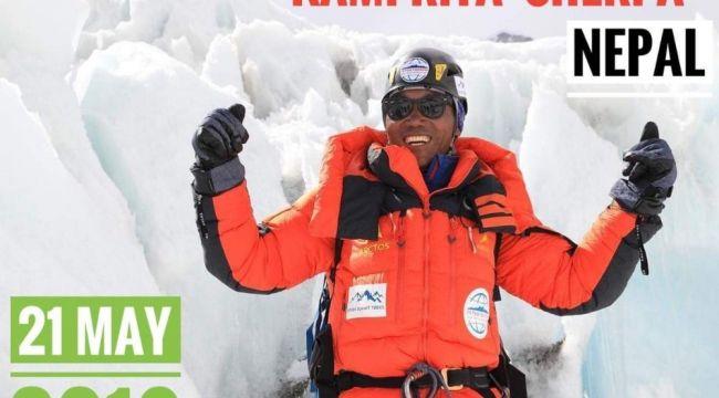 Nepalli dağcı 24'üncü kez Everest'in zirvesinde