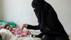 """""""Yemen'de 7,4 milyon çocuk yetersiz besleniyor"""""""