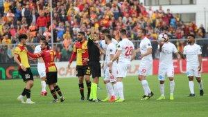 Spor Toto Süper Lig: Göztepe: 4 – Antalyaspor: 1