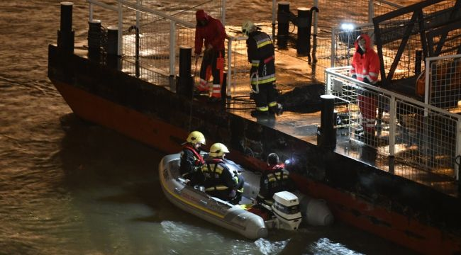 Tekne battı: 7 ölü, 21 kayıp