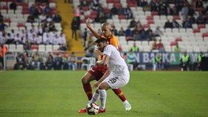 Ziraat Türkiye Kupası Finali: Akhisarspor: 0 - Galatasaray: 0