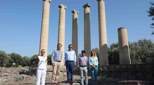 5 bin yıllık tarihi'smyrna' ayağa kalkıyor