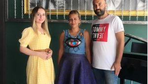 ''Adım Adım Işığa Giden Yol'' da Pelin Uzun İle Baş Başa