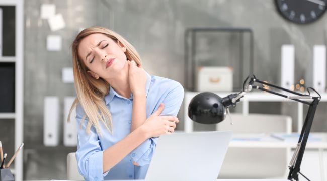 Bilgisayar başında çalışanlarda risk 2-3 kat artıyor!