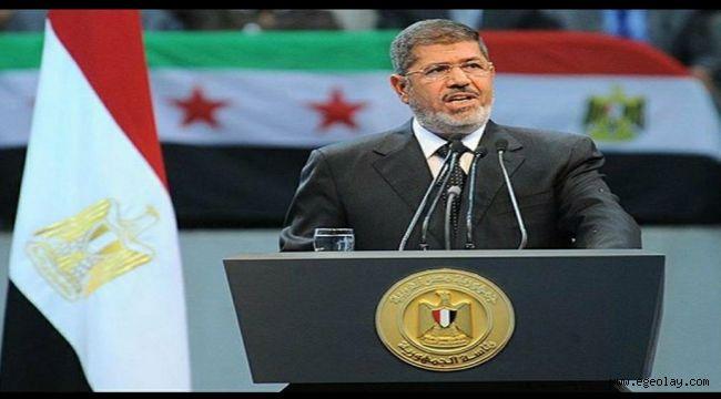 Eski Mısır Devlet Başkanı Muhammed Mursi Hayatını Kaybetti