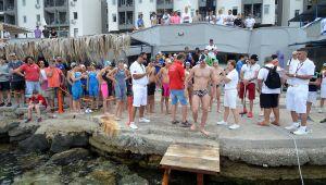 Foça'da Kulaçlar Milli Takıma Katılmak İçin Atılıyor
