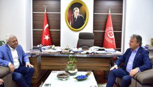 Tuncay Özkan'ın ilk ilçe ziyareti Bornova'ya