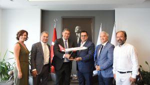 Hedef İzmir'den direkt uçuş sayısını artırmak