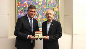"""Kılıçdaroğlu: """"Karşıyakalılara selam ve sevgiler"""