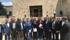 Milletvekillerinin halkın sorunlarını meclis'e taşımaktır