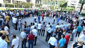 İzmir'de memurlara yüzde 72 oranında zam yapıldı