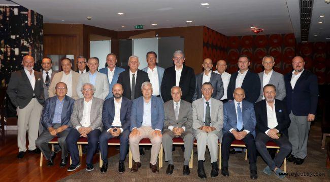 Ege Ekonomik Forum'a Başkanlardan tam destek