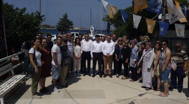 Foça Ak partiden basın açıklaması ve Kınama