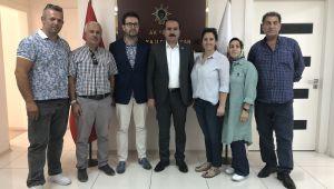 Milletvekili Kırkpınar, Karşıyaka'da vatandaşlarla buluştu