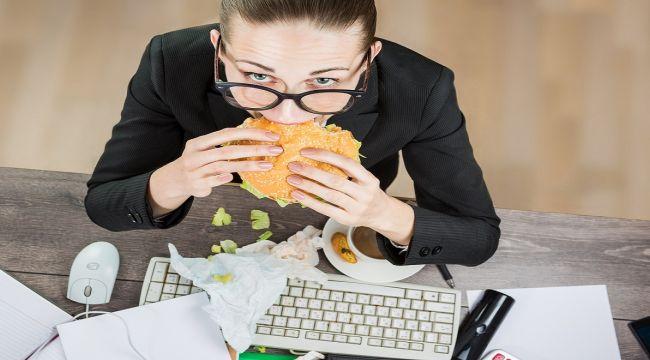 Basın Bülteni: İş Yerinde Tükenmişlik Sendromu Kilo Aldırıyor