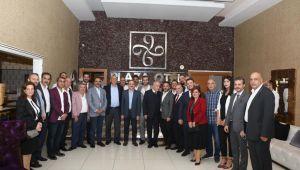 """Başkan Sürekli STK'larla bir araya geldi. Gündem: """" Barış Pınarı """""""