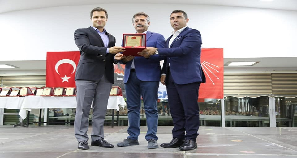 CHP Bayraklı'da Sandık Görevlilerine Teşekkür Belgesi