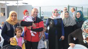 İzmir'in çocukları denizle buluştu