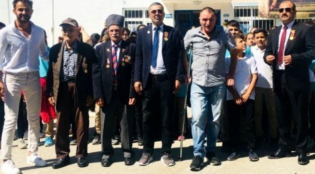 Kemalpaşa Şehit aileleri ve gazilerden Barış Pınarı Harekatı'na destek