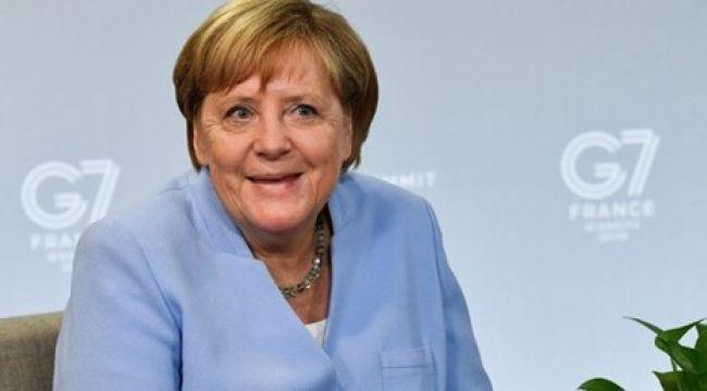 Merkel: Güç dengeleri değişiyor