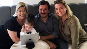 Selami Şahin'den kalp nakli olan Kartal bebeğe destek..