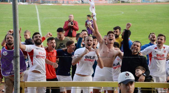 Bergama Belediyespor şampiyonluğa koşuyor