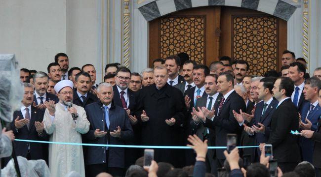 Cumhurbaşkanı Erdoğan İzmir'de Camii Açılışı Yaptı