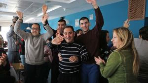 Karşıyaka'dan otizmli çocuklara destek mesajı