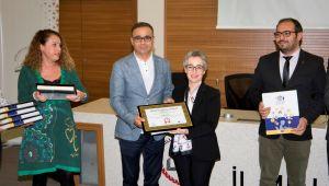 Milli Eğitim Bakanlığından İzmir'deki Okullara Sertifika