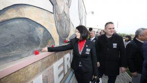 Asimilasyon şehitleri Gaziemir'de anıldı