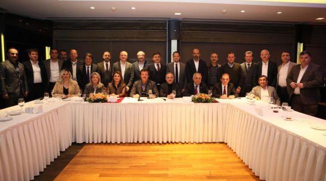 İzmir Ak Parti Belediye Başkan Adayları Bir Araya Geldi