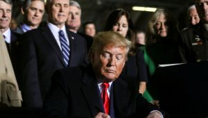 Trump, Türkiye'ye yaptırım öngören savunma bütçe tasarısını imzaladı