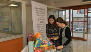 Çiğli Belediyesi Deprem Mağduru Çocukları Unutmadı