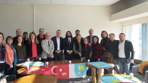 İYİ Parti Çiğli İlçe Başkanlığı'na İlk Aday Özgür Doğan Oldu
