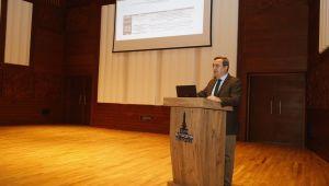 Konak Belediye Başkanı Abdül Batur, çalıştayda konuştu:'Köy Enstitüleri ruhu ölmez'