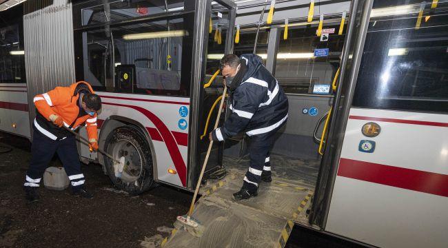 Toplu ulaşım araçlarında aralıksız temizlik