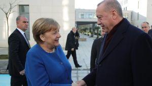 """""""Türk-Alman Üniversitesinin başarısı, yeni ortak üniversitelerin kuruluş süreçlerinde örnek teşkil edecektir"""""""