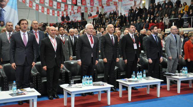 CHP İzmir'de İl Kongresi heyecanı yaşanıyor