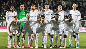 Altay: Süper Lig'e 6 Maç Kaldı!