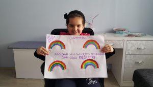 """Gaziemir Belediyesi resim kursiyerleri çizimleriyle """"Evde Kal"""" çağrısı yaptı"""